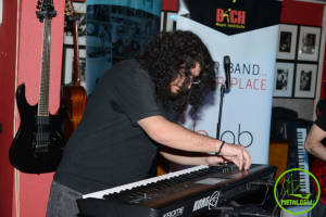 Raffi Nordiguian - April Keyboardist