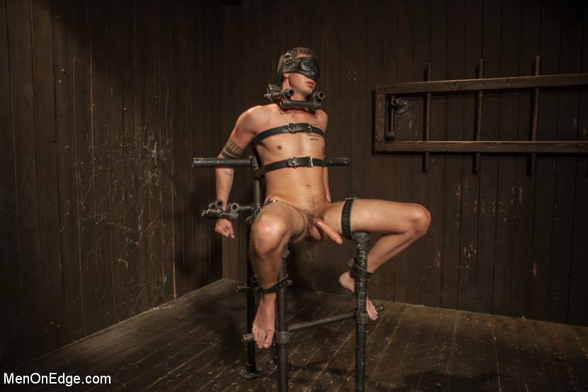guys in bondage tumblr