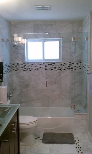 Mampara de baño clear con puerta abisagrada y bisagra vidrio vidrio