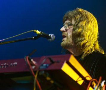 Entinen Black Sabbath-kosketinsoittaja Geoff Nicholls on kuollut