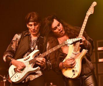 Maailman 10 kovinta shred-kitaristia nimetty WatchMojon toimesta