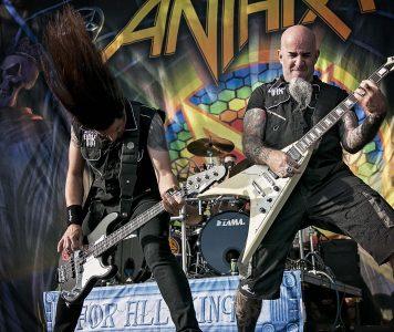 """Anthraxin """"For All Kings""""- albumista kiertuepainos sekä vinyyliboksi"""