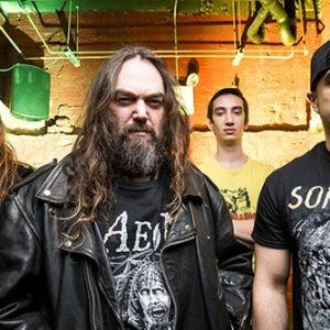 """Soulfly soittaa syksyn Amerikan kiertueella läpi Nailbombin """"Point Blank""""-levyn"""