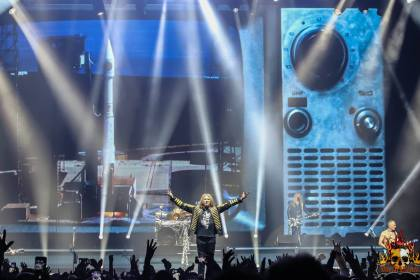 Permalink to: Gig Review: When DEF LEPPARD Hit The SSE Belfast with CHEAP TRICK