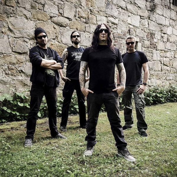 SuidAkrA band