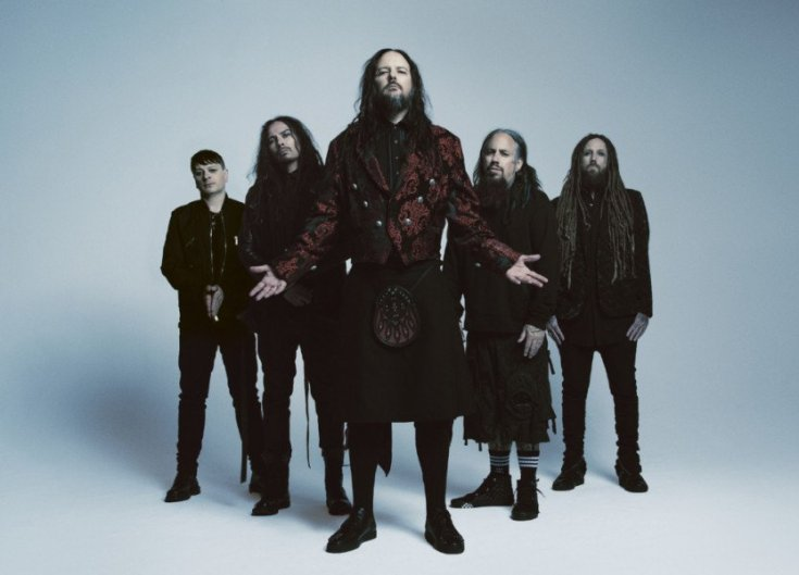 Korn colour band photo.