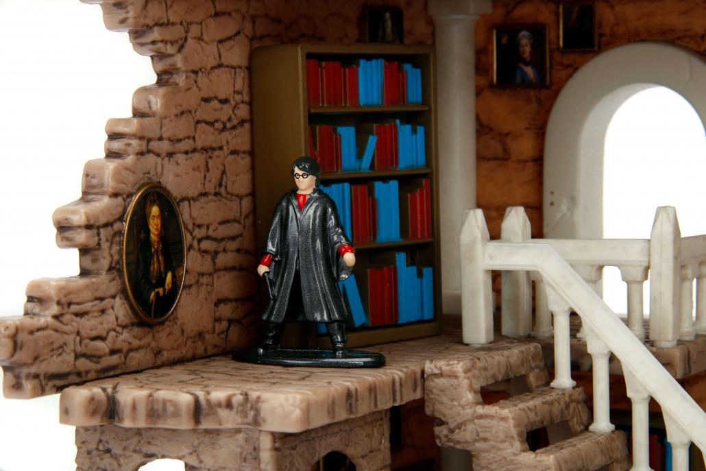 Nano Scene Harry Potter Gryffindor Tower Metals Die Cast