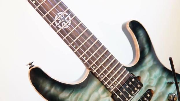 Megadeth-Kiko-stolen-guitar-3