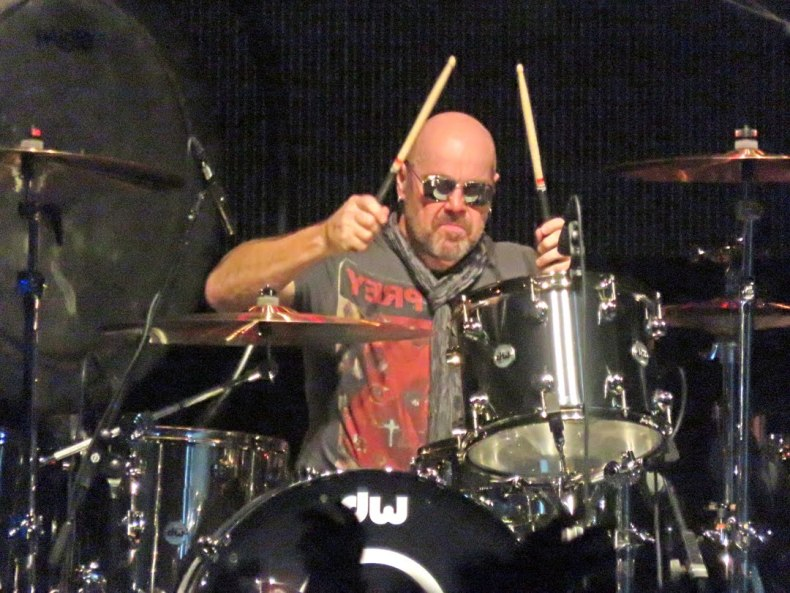 jason bonham - LED ZEPPELIN Asked Jason Bonham To Change Band Name To 'Evening'