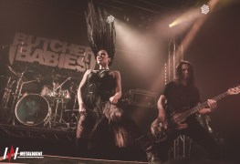 butcher babies 8 - GALLERY: Butcher Babies, Eyes Set To Kill & Krogr Live at The Dome, London