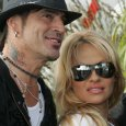 """tommy lee pam anderson - PAMELA ANDERSON Shares Her Thoughts On Why She Feels TOMMY LEE Is """"Spinning Out Of Control"""""""