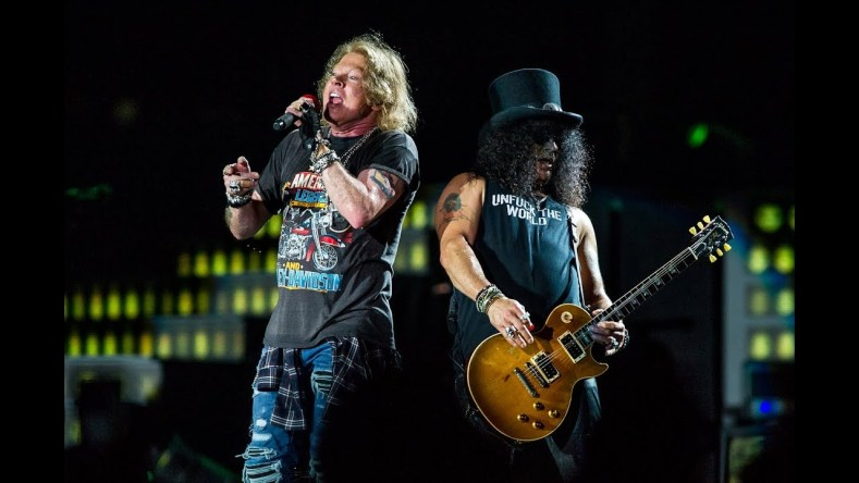 GUNS N ROSES GNR - GUNS N' ROSES Are Now Requesting Porcelain Toilet on Their Rider