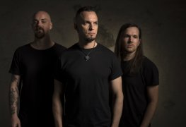 Tremonti - INTERVIEW: MARK TREMONTI & ERIC FRIEDMAN on 'A Dying Machine', Vinnie Paul's Death & Next Alter Bridge Record