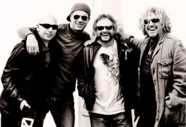 chickenfootbandiiipromo 638 - CHICKENFOOT Members on Returning To The Studio To Record New Album