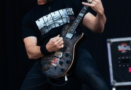Tremonti1 - INTERVIEW: Mark Tremonti on ALTER BRIDGE Touring, New Project With Eric Gales & Next TREMONTI Record