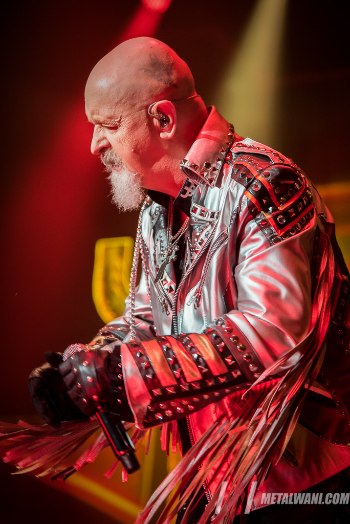 JudasPriest 03.jpg - Watch ROB HALFORD Kick A Cellphone Out Of A Fan's Hand During JUDAS PRIEST Gig