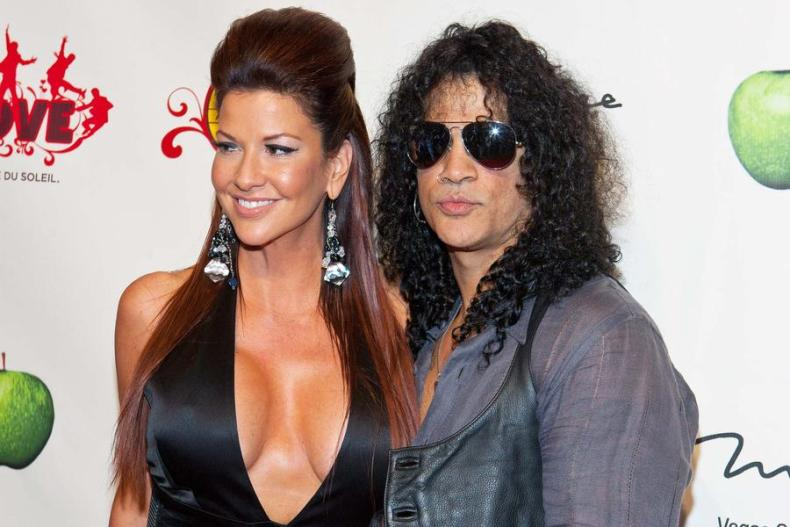 "slash perla - SLASH's Ex-Wife Opens Up About Her Divorce: ""I Miss My Best Friend"""
