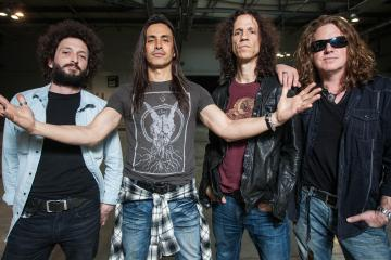 extreme - Nuno Bettencourt Says EXTREME's New Album Is The Hungriest Sounding Album He Has Ever Done