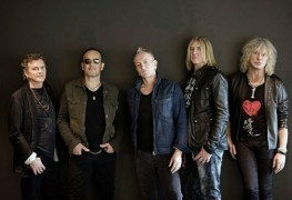 def leppard - DEF LEPPARD Hint No New Music In The Future; Band Will Continue To Play Old Songs