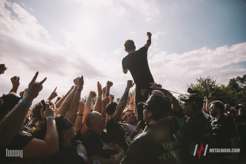 Crowds 4 - LIVE NATION Will Charge Bands From 2021; It Will Destroy Lives Of Many Musicians
