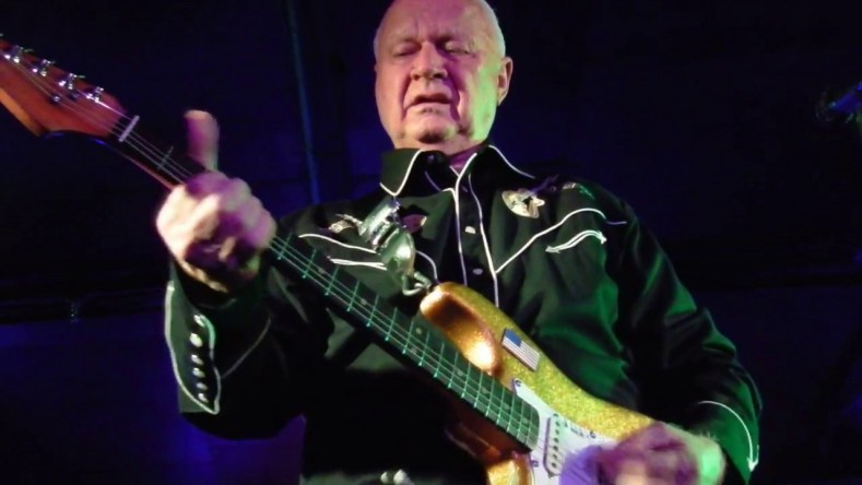 Dick Dale - SURF Guitar Legend Dick Dale Has Passed Away