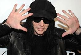 MickMars - MICK MARS Debut Solo Album Is Ready; MÖTLEY CRÜE Fans Will Get What They're Expecting