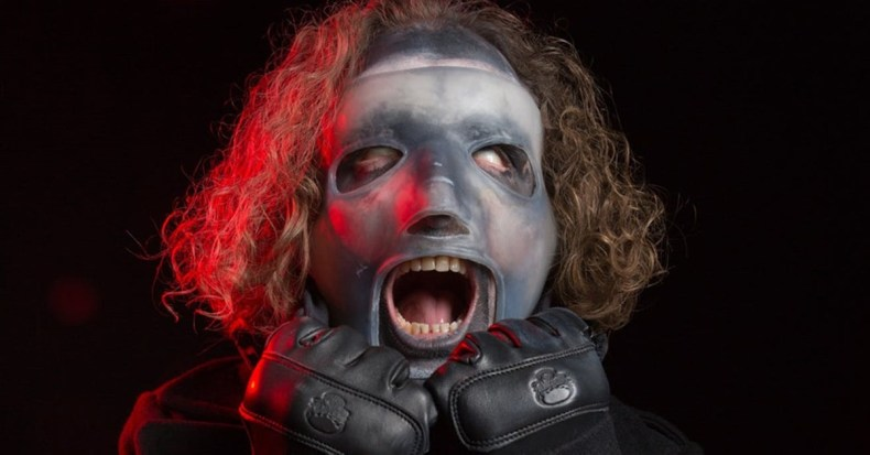 "Corey Taylor - SLIPKNOT Have Broken Their Own Record With New Album ""We Are Not Your Kind"""