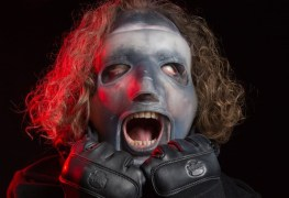 """Corey Taylor - SLIPKNOT Have Broken Their Own Record With New Album """"We Are Not Your Kind"""""""