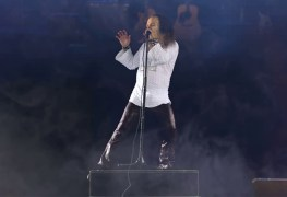 Ronnie James Dio Hologram - Report: RONNIE JAMES DIO's New Hologram Tour Has Received Lukewarm Reception;