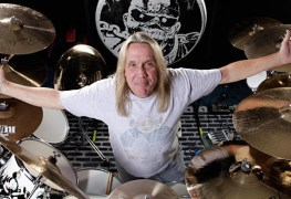 nicko15 - Nicko McBrain Responds To Fans Calling IRON MAIDEN S*tanists