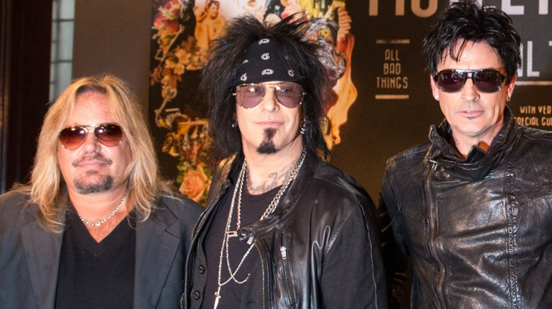 """Motley Crue - MOTLEY CRUE Reunion Gets Mixed Response From Fans: """"I See Travesty Written All Over It"""""""