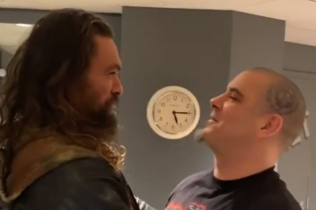 JasonMomoaPhilipAnselmo2019 638 - Watch Jason Momoa Join Phil Anselmo Onstage To Perform PANTERA's 'This Love'