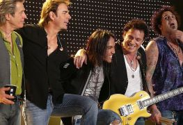 Journey - Neal Schon Says Get Ready For A New JOURNEY Album