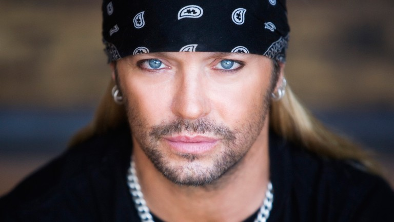 Bret Michaels - Bret Michaels' Performs POISON's 'Fallen Angel' & Fans Are Totally In Love With It