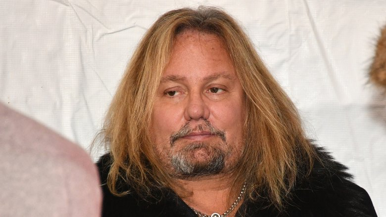 Vince Neil 3 - VINCE NEIL Looks Overweight In A New Photo; Pens Down An Emotional Goodbye Letter To Their Beloved Dog