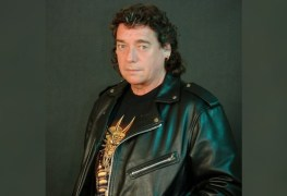 formermaidenguitarist - Former Guitarist Dennis Stratton Says He Introduced 'Harmony Guitar Style' To IRON MAIDEN
