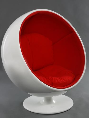 globe_chair_edite_par_adelta_1966