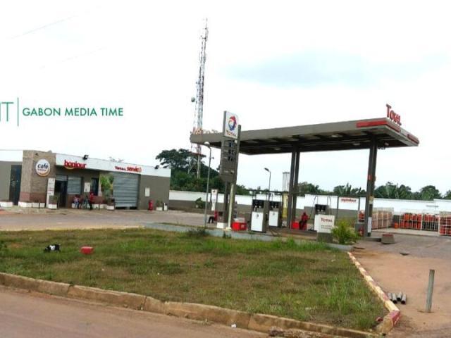 Makokou: trafic de carburant entre la station Total et des revendeurs camerounais
