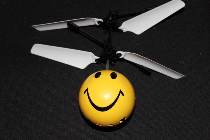 Mini Hélicoptère Emoji 13