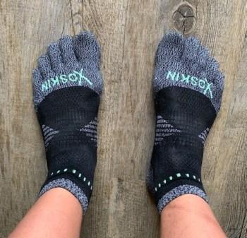 running gear essentials for spring - best running socks - XO Skin running socks