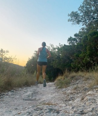 marathon vs ultramarathon, marathon vs ultramarathon training, marathon vs ultramarathon racing, 24 hour run challenge, ultramarathon for beginners, ultramarathon training plan, ultra marathon races