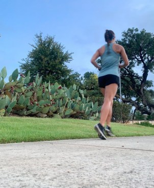 ultramarathon training tips, endurance running, endurance running while working, how to train for an ultramarathon, ultra running training for beginners, how to run ultramarathons