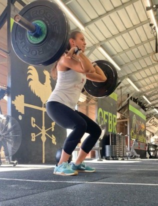 things that happen after you start crossfit, things that happen after you start crossfitting, crossfitting while pregnant, crossfit for beginners, is crossfit healthy, benefits of crossfit, crossfit tips for beginners, start crossfitting