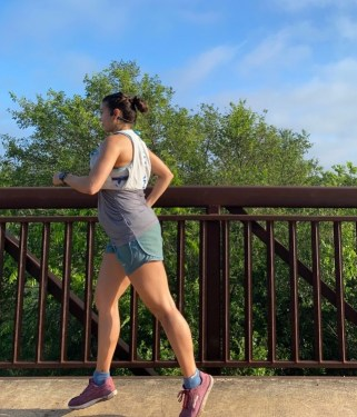 staying active in the second trimester, working out in the second trimester, staying active during pregnancy, staying active during pregnancy benefits, how to exercise during pregnancy