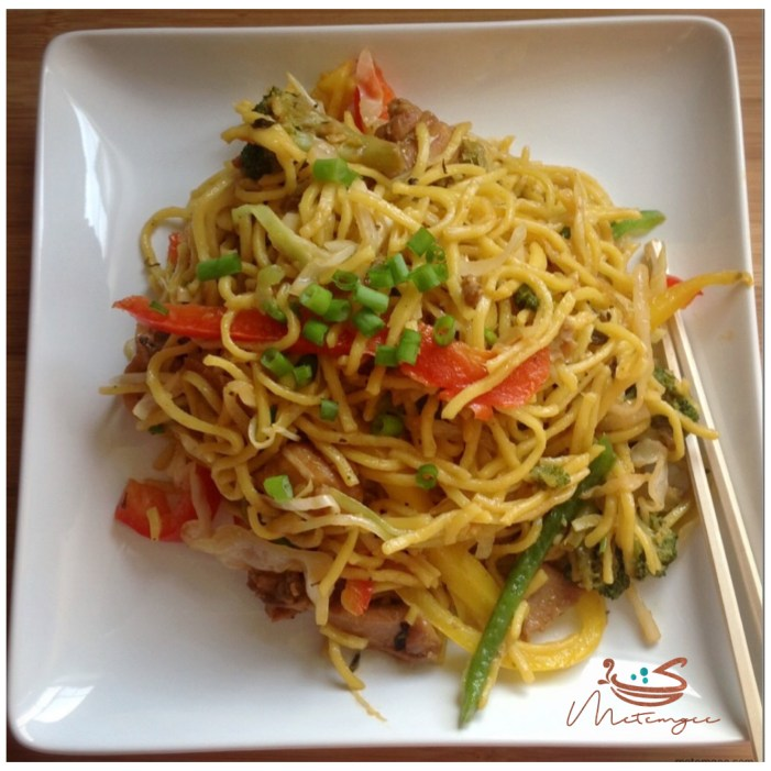 Guyanese style chicken chowmein metemgee include a short history lesson or should it be social studies im not quite sure well here goes im featuring chowmein how is this guyanese you ask forumfinder Images