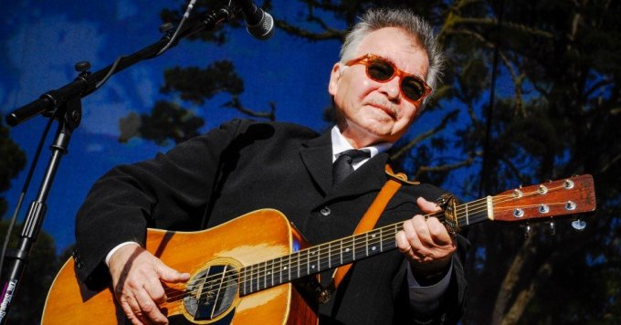John Prine performs on stage at Hardly Strictly Bluegrass festival in Golden Gate Park, San Francisco, California on 2nd October, 2009. (Photo: Anthony Pidgeon/Redferns)