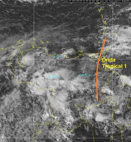 Imagen visible y ubicación de la Onda Tropical 1