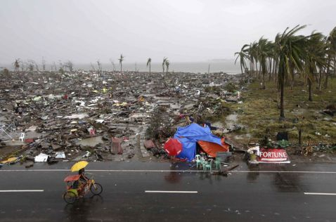 Tacloban, Filipinas, luego del paso de Haiyan