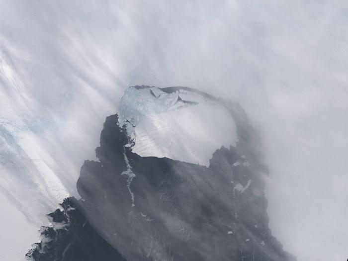 La NASA vigila iceberg que se desprendió de la Antártida, seis veces el tamaño de Manhattan