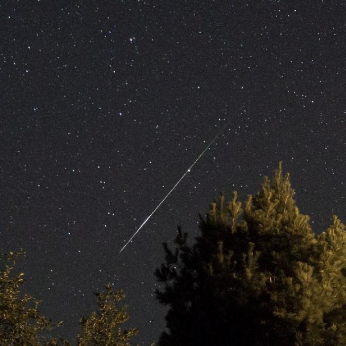 """Las mejores capturas de las """"lágrimas de San Lorenzo"""" o lluvia de meteoritos de las Perseidas"""